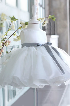 Flower girl dress, White flower girl dress, communion dress, White Baby Girl Party Dress, Baptism dress, Baby girl birthday outfit, High quality flower girl dress, Free shipping